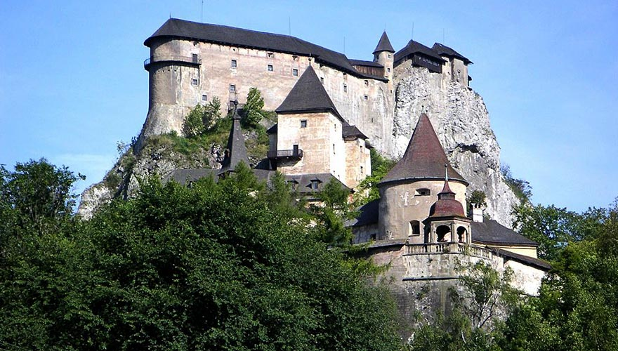 Orava Castle, Zuberec & UNESCO Wooden Church Tour in Lestiny